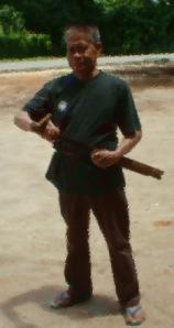 JJ. Kusni, penulis artikel ini, di Kasongan, Katingan 2009 (Foto: Andriani S. Kusni. Dokumentasi Andriani S. Kusni & JJK)