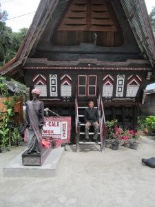 Kembali Ke Toba, berjumpa lagi dengan Si Gale-Gale (Foto Heronika.Dok.Lembaga Kebudayaan Dayak Kalimantan Tengah,2013).